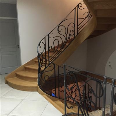 Escalier design contemporain bois métal (38) Isère grenoble